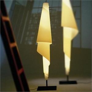 Costura F Floor Lamp